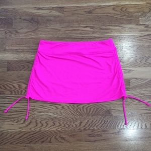 Athleta Aqualuxe side scrunch skirt sz sm
